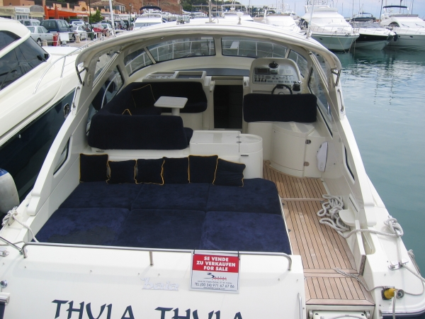 BAIA FLASH 48 Cockpit