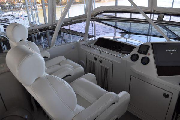 Helm Seats 2