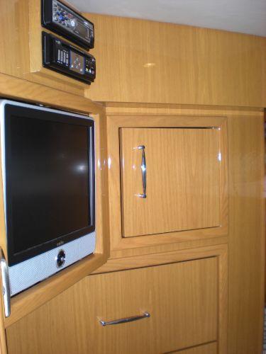 Stbd Bunk Room TV