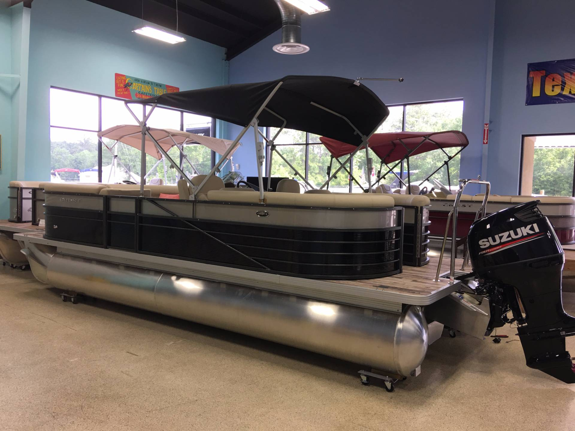 Crest Pontoon Boats II 230 SLC