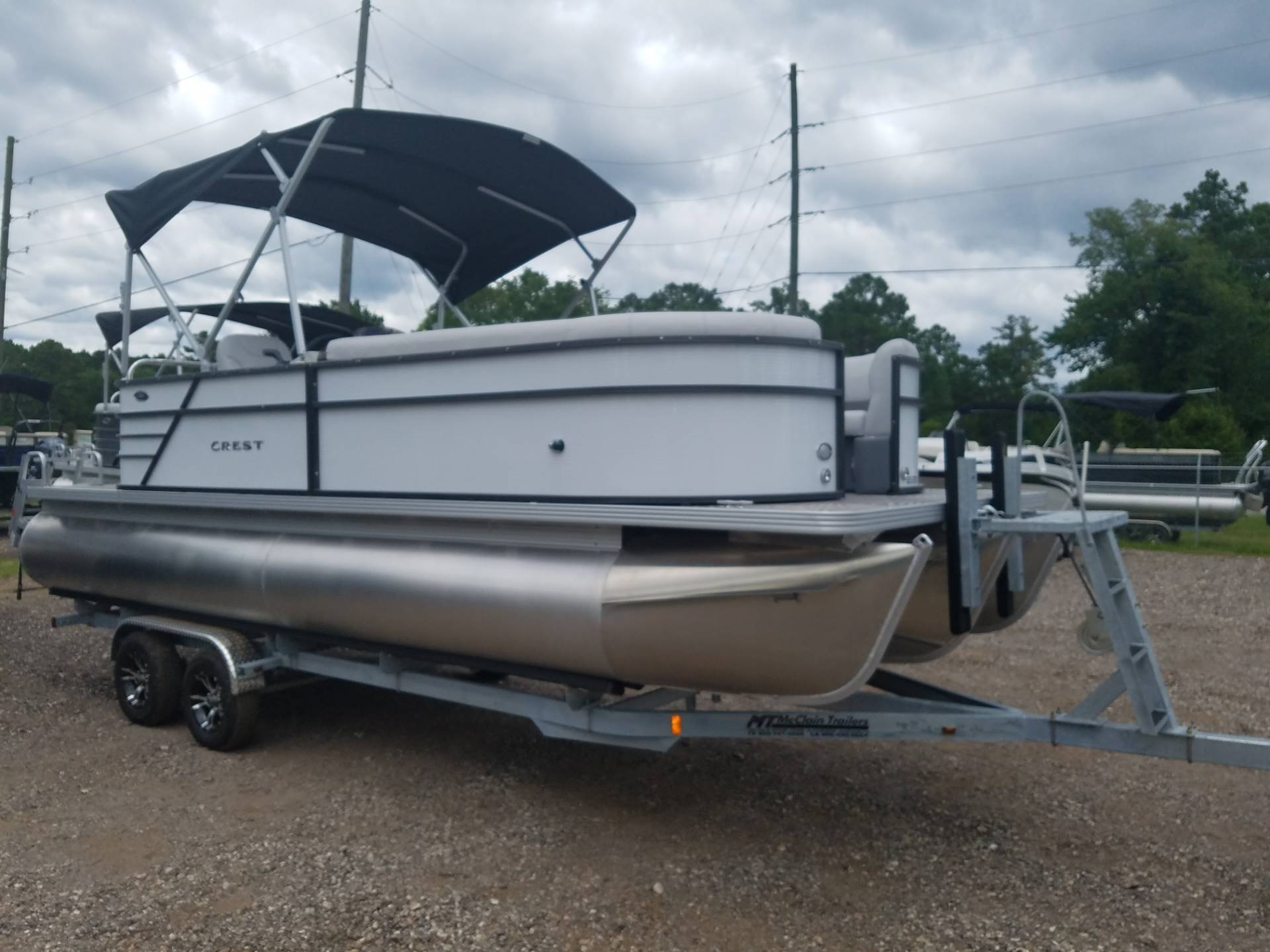Crest Pontoon Boats I 220 SLC