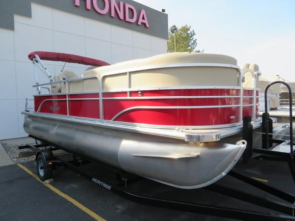 SunChaser Traverse 7520 Cruise DLX Pontoon