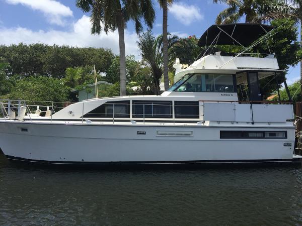 Bertram Flybridge Motor Yacht