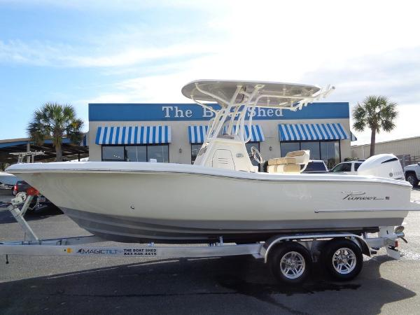 Pioneer Sportfish 222