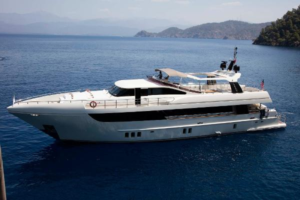 Custom 32M Motor Yacht