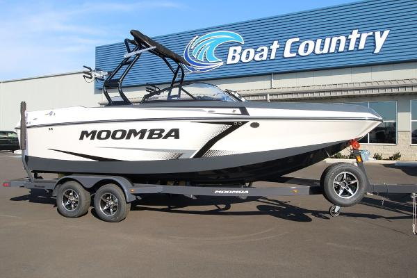 Moomba Max™ w/ Flow Surf System