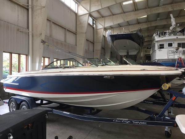 Chris-Craft 22 LAUNCH