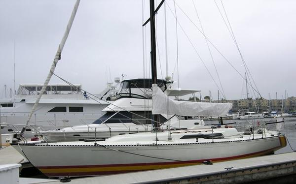 C&C 41 At the dock