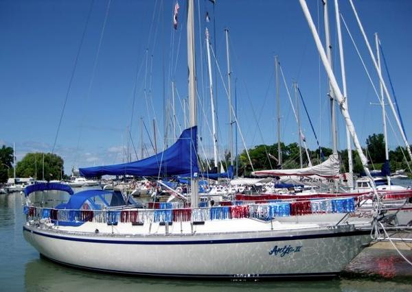 Canadian Sailcraft 36 Traditional