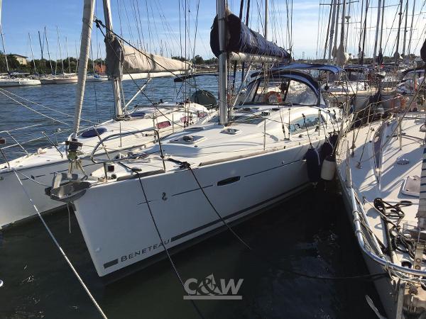Beneteau Oceanis 40 IMG-20170905-WA0009