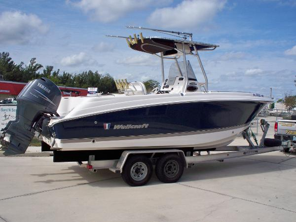 Wellcraft 252 Fisherman