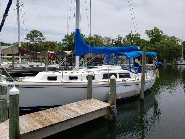 Allmand 31 Tri Cabin Sloop Port Side At Dock