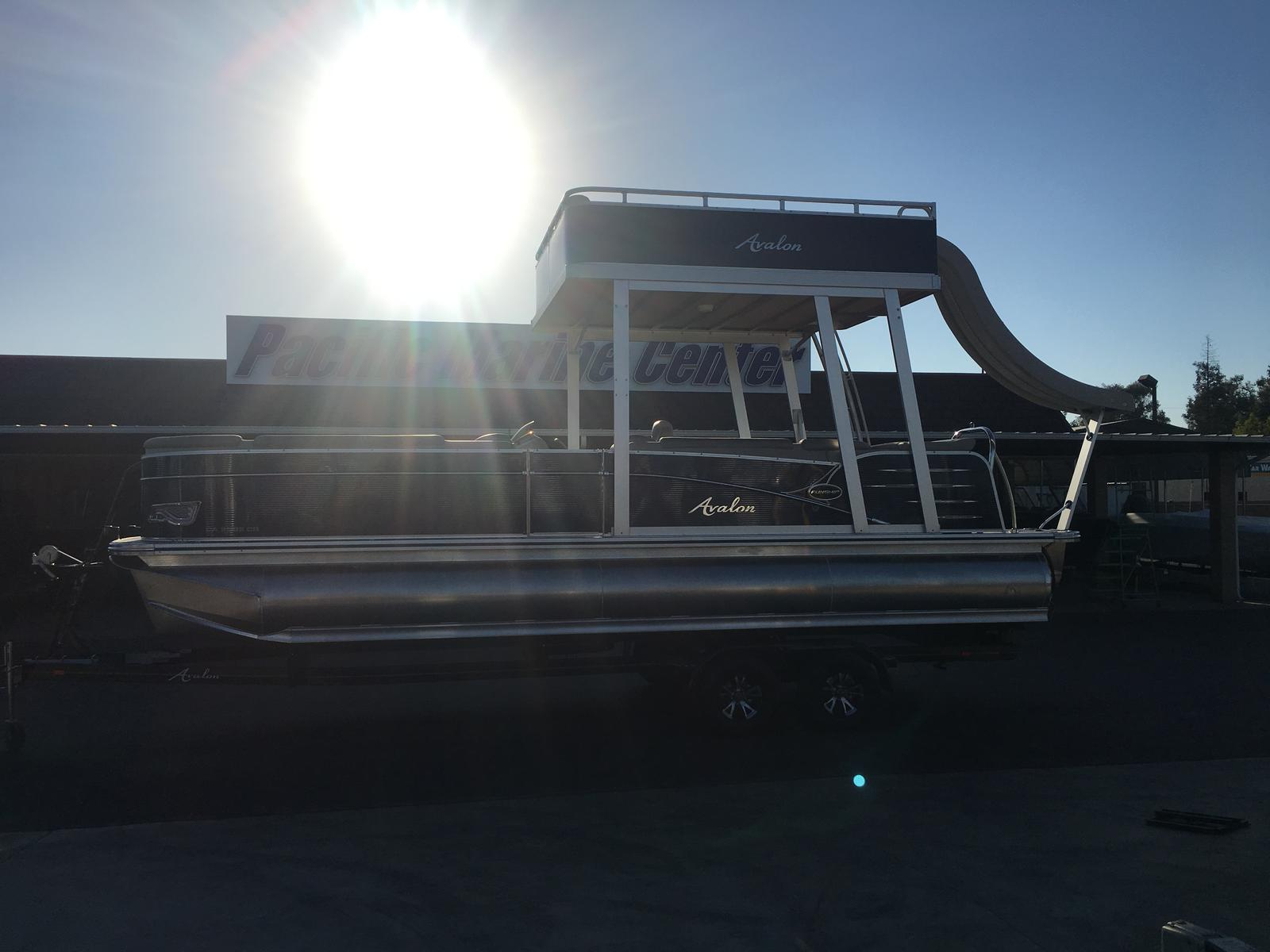 Avalon Catalina Cruise Funship 25- Triple Pontoon w/ a Mercury 150hp