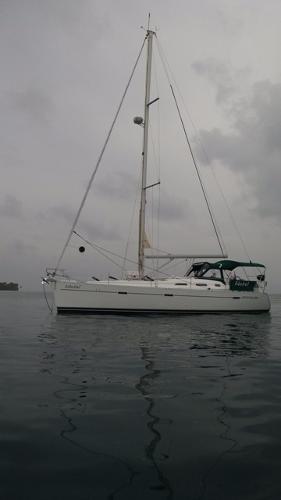 Beneteau America Oceanis 393 Beneteau America Oceanis 393