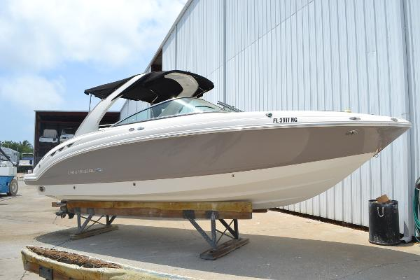 Chaparral 276 Ssx Starboard Profile