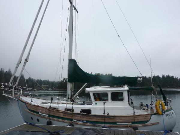 Fisher Pilothouse Sloop