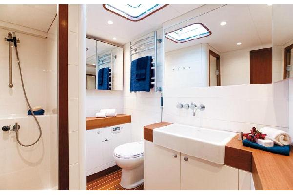 Nautor Swan 90 FD Bathroom