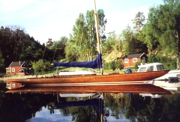Tore Holm SK40  Squaremetre by Oscar Schelin