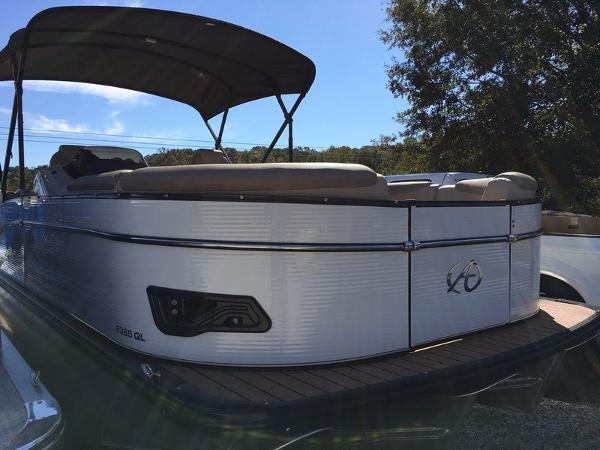 Avalon Catalina Quad Lounge 23'