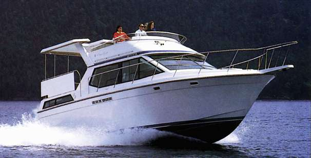 Chris-Craft 372 Catalina Manufacturer Provided Image