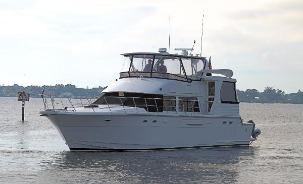 Jefferson Rivanna 53 Port Bow Profile