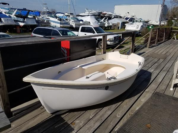 Bauteck Bauer 8 Sailing Dink Portside Bow