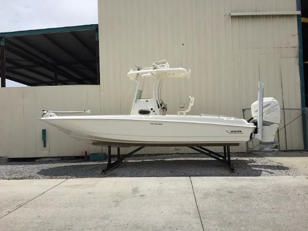 Boston Whaler 240 Dauntless Boats For Sale Boats Com