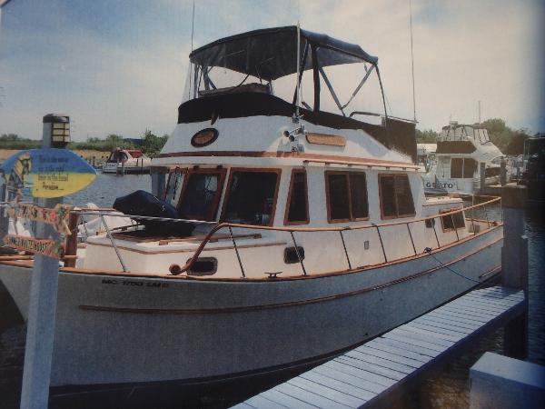 Marine Trading 34' Trawler