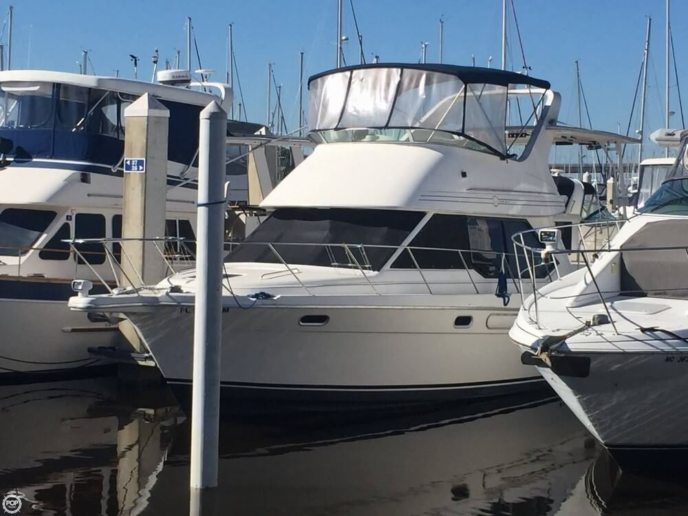 Bayliner 3587 1998 Bayliner 3587 for sale in Jacksonville, FL