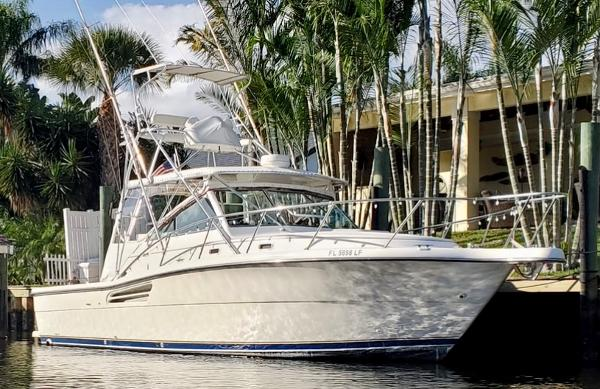 Tiara Yachts 34 express