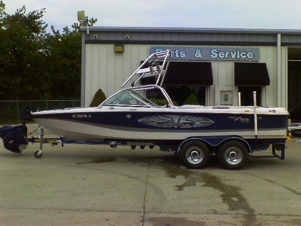 Correct Craft Air Nautique 216 Team Edition Open Bow