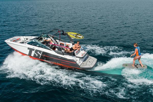 Four Winns TS242