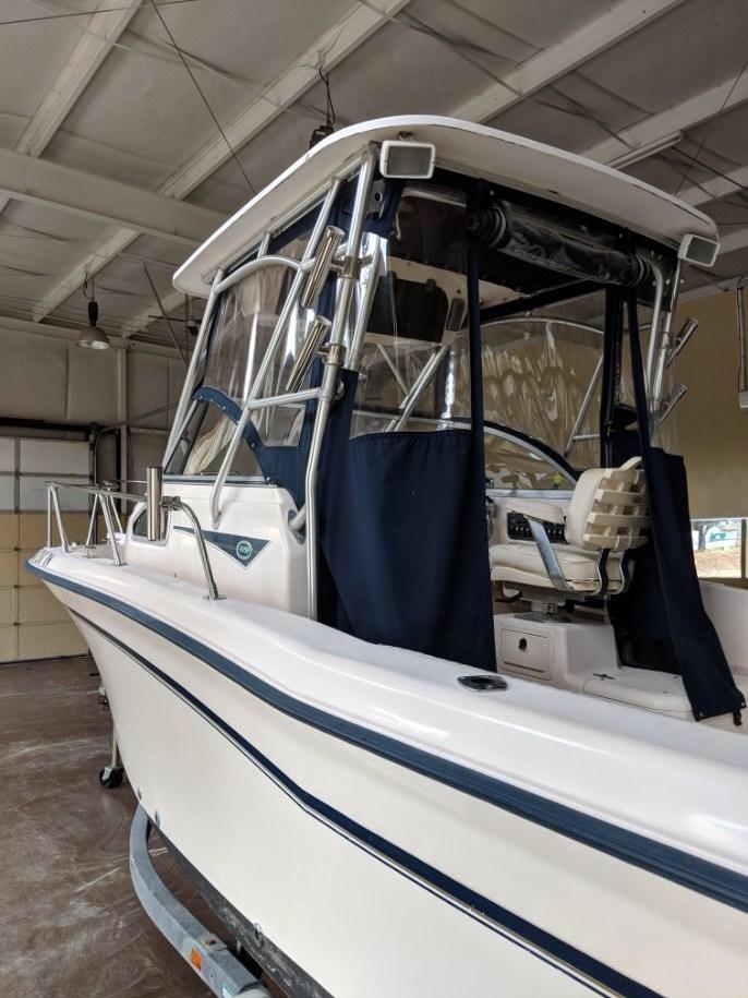 Grady-White 228 Seafarer