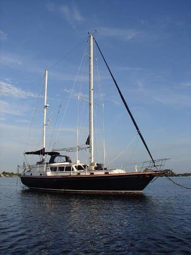 Gulfstar 47 Sailmaster Stbd side at anchor