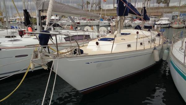 Whitby Yachts 42