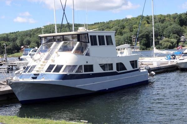 Custom Built Aluminum Motor Yacht /Designed by Phil Bolger