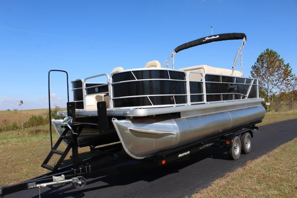 Sweetwater 2286 FC - 115hp - fish/cruise
