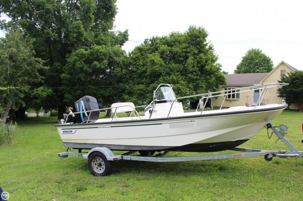Boston Whaler 170 Montauk 2005 Boston Whaler 170 - Montauk for sale in Southington, CT