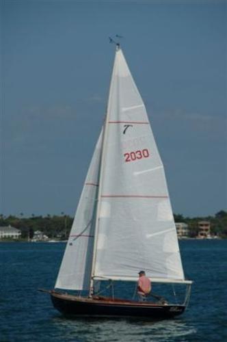 Latitude 46 Tofinou White Sails