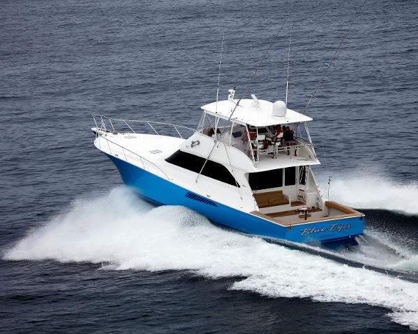 Viking 61 Convertible Running Shot