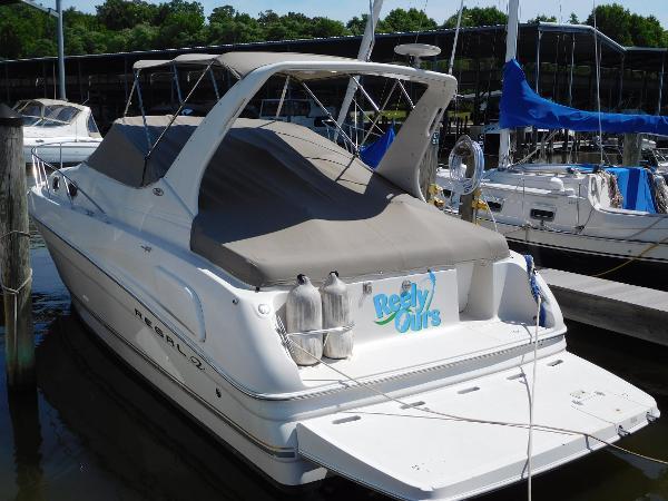 Regal 2960 Express Cruiser