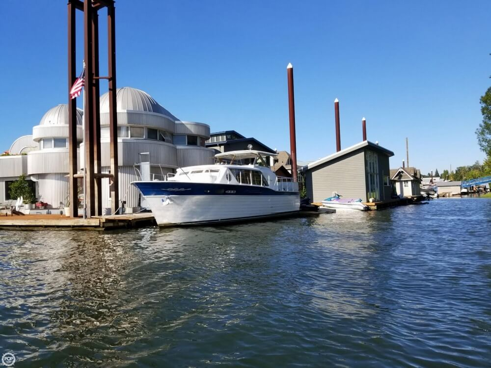Chris-Craft 37 Constellation 1962 Chris-Craft 37 for sale in Portland, OR
