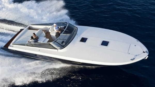 Itama 45 - Forty Five Itama-45-Motor-Yacht-Sale-India-4