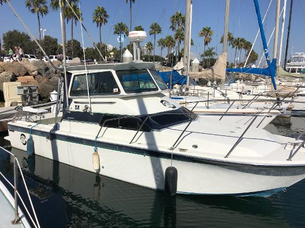 Skipjack 28 Pilothouse