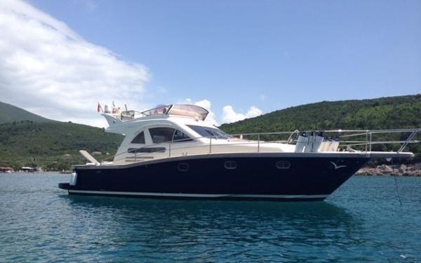 Portofino Marine Fly 47