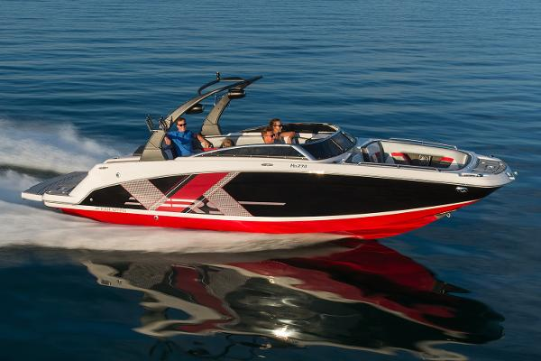 Four Winns HD270RS Surf