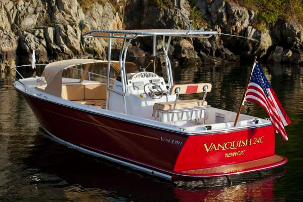 Vanquish Center Console 24 Classic Day Boat