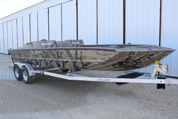 SeaArk Predator 220 Hybrid