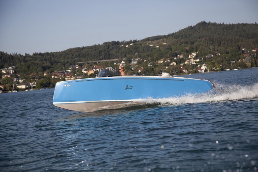 Lex Boats eLex 610 Evinrude ETEC 30 PS