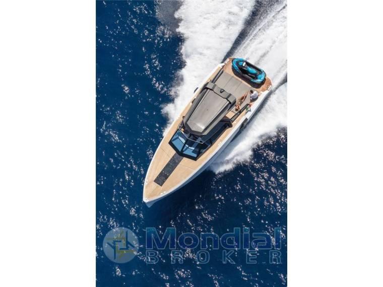 Evo Yachts 43 T Top